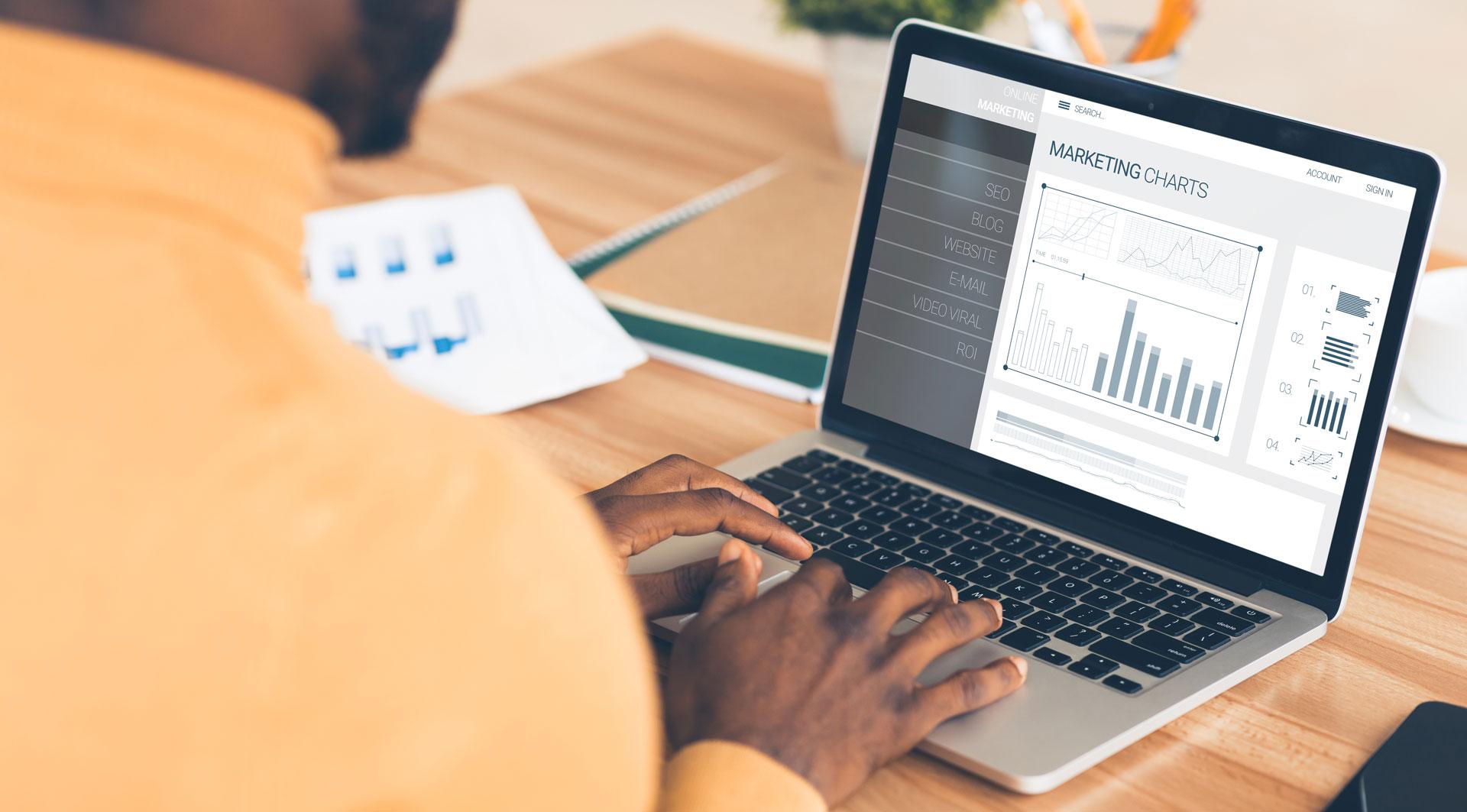 Varför jobba med en digital marknadsföringsbyrå / digital byrå?